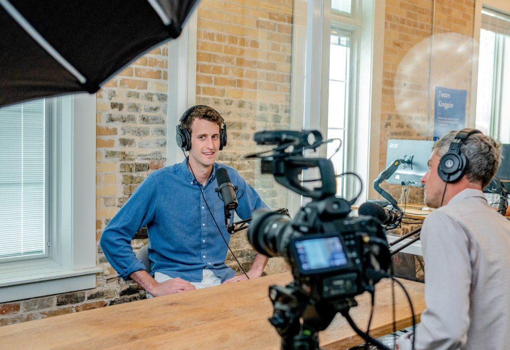 tournage d'une conférence pour un séminaire digital